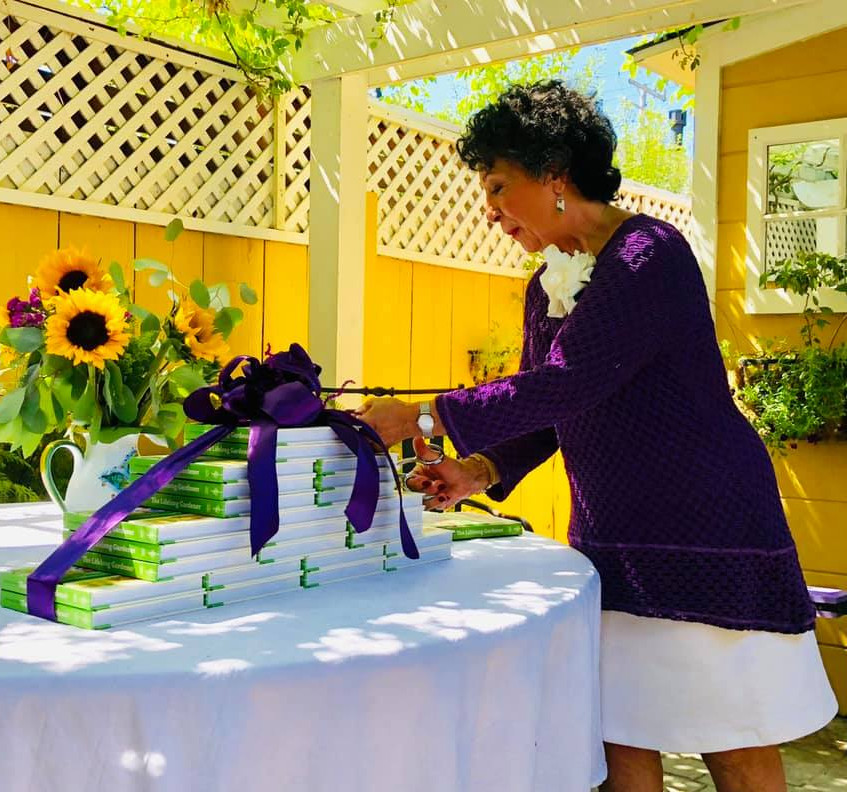 Launch of Lifelong Gardener -  Photo by Heidi Hornberger, all rights reserved.