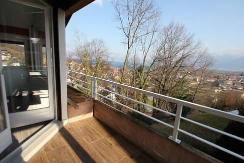 vue balcon sur le lac.jpg