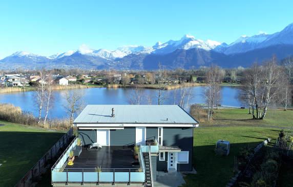 vue terrasse toit lac montagnes.jpg