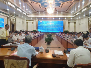 Ho Chi Minh City proposed for solving difficulties in housing projects