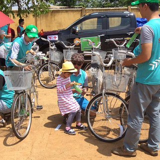 SAOKHUE tài trợ cho học sinh nghèo