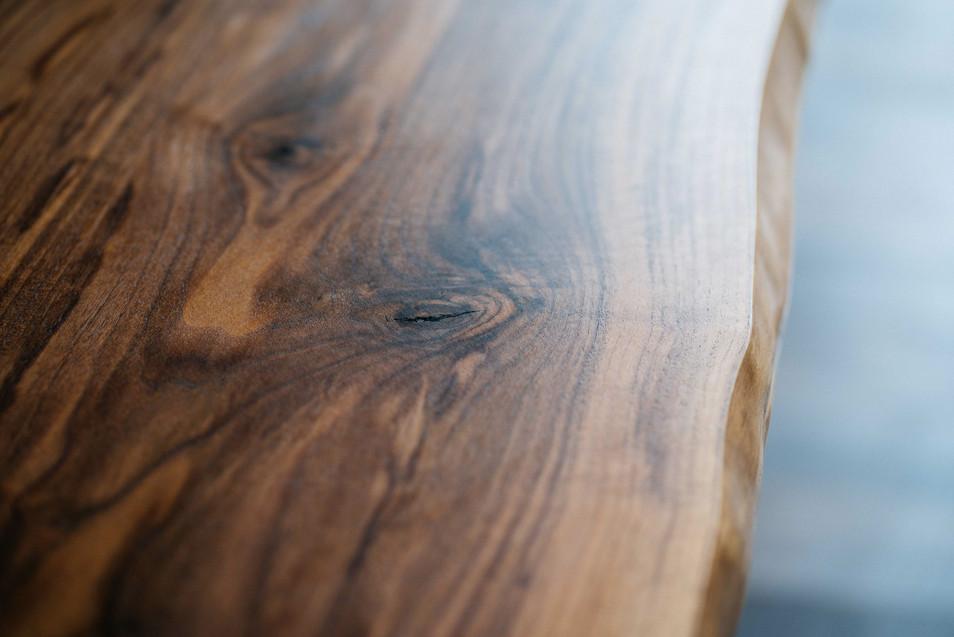 Life-Edge Kanten lassen die natürliche Baumkante erkennen