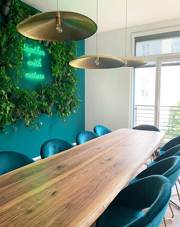 Konferenztisch_Rainforest_Company_Studio