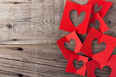 paper-valentines-day-hearts-wooden_1220-