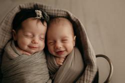 twin newborn photography IL
