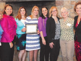 2015 Fund-Raising Achievement Awarded to the Harding Twig