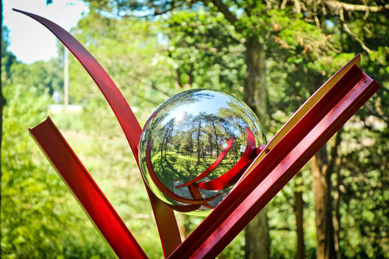 GB Sculpture Grounds Red Sculpture with