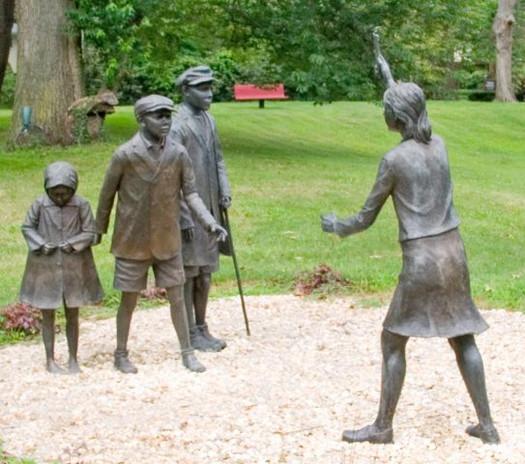 Childrens-Holocaust-Sculpture-Michael-Al