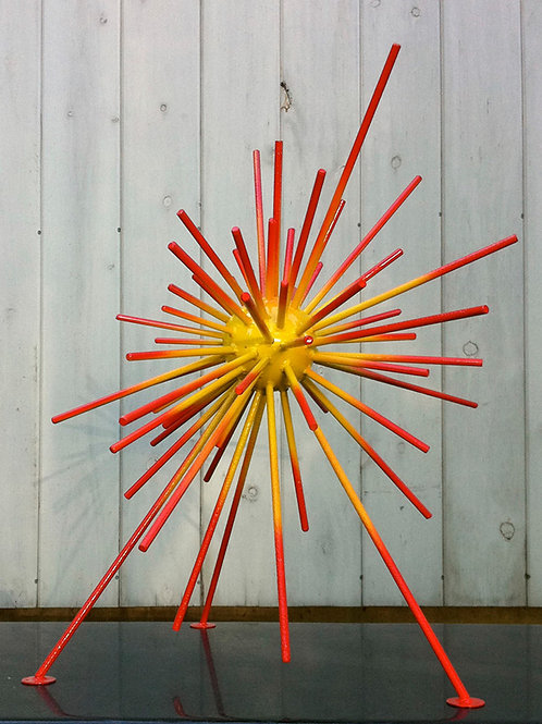 Genesis I/24 Yellow & Red