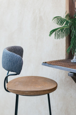 Details| Minimal Bar Stool