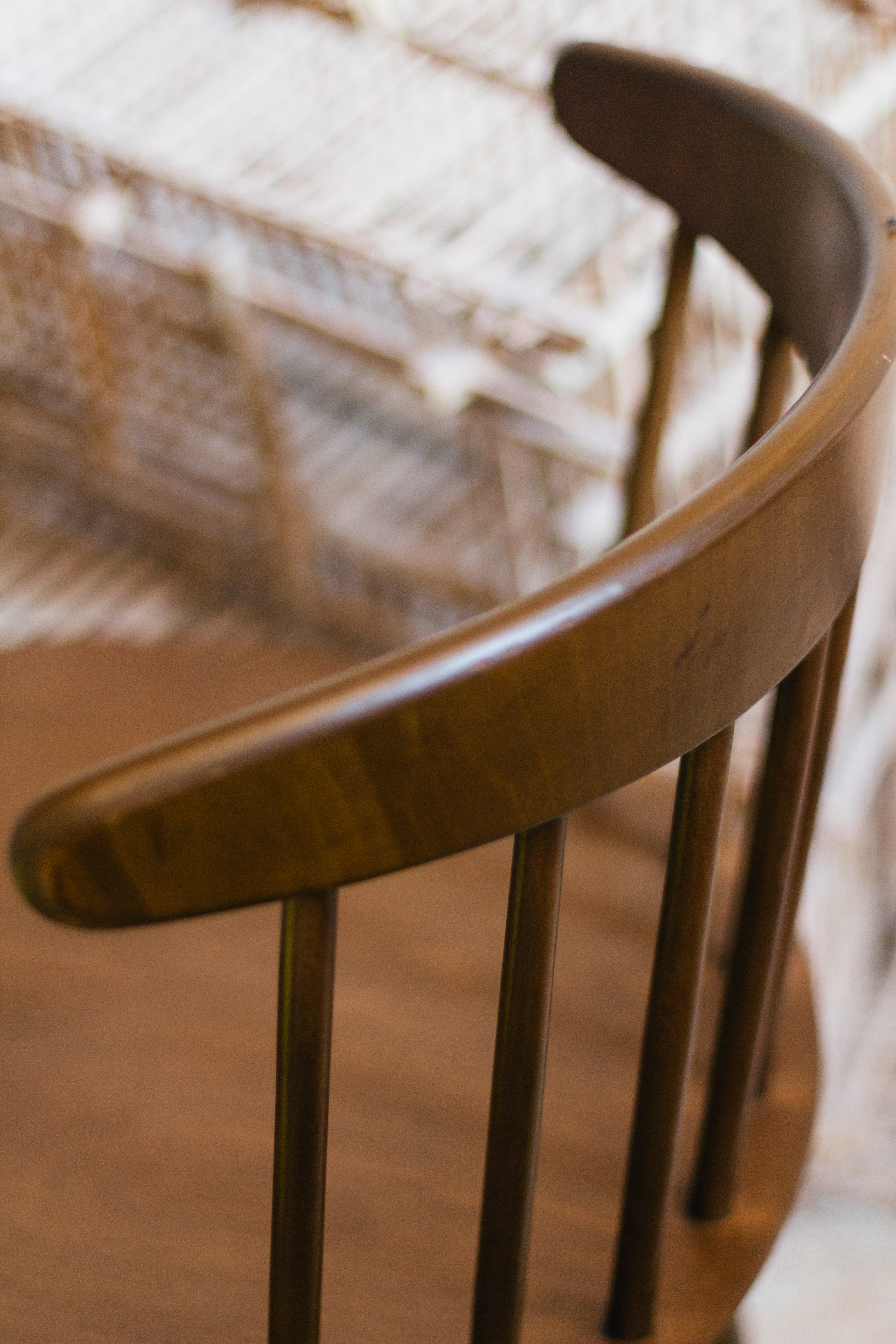 Details| Low Back Windsor Chair