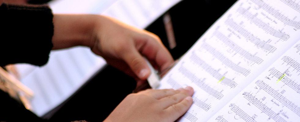 Quelqu'un Lecture Sheet Music