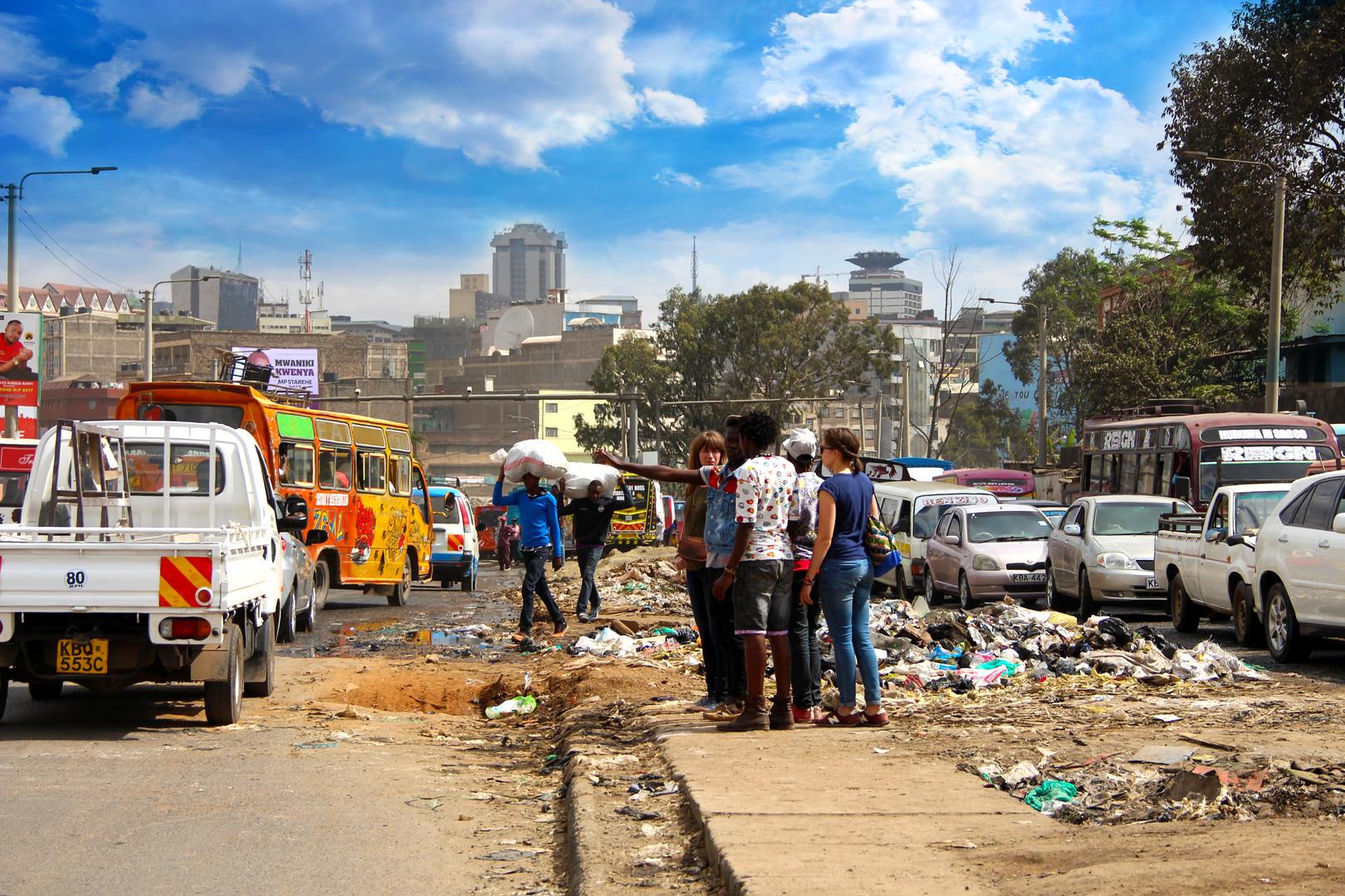 Walking Tour @ Kenya