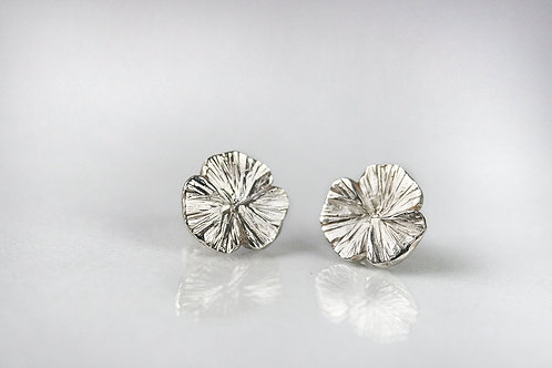 Серьги Клевер трехлистник, серебряные серьги без камней, маленькие серьги гвоздики цветы, серьги пусеты купить онлайн