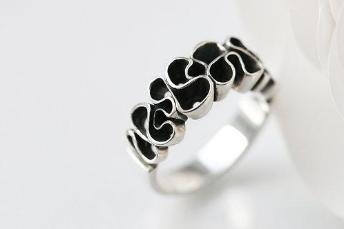 Кольцо лента кружево, Ekaterina Tolstaya, Екатерина Толстая ювелир, кудрявое кольцо, красивое авторское украшение без камней