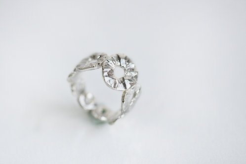 Серебряное кольцо 925 пробы, дизайнер ювелир Екатерина Толстая, СПб купить онлайн, фактурное кольцо ручной работы, Атоллы