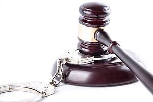 judge-gavel-and-handcuffs-14612908610bQ.jpg