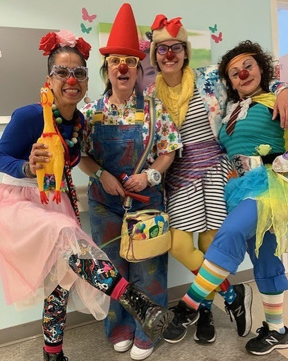 Medical Clowning at LACUSC hospital (copyright Chae Chaput)
