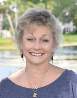 Janet M Reynolds