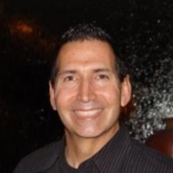 Arnie Fonseca, Jr., Host