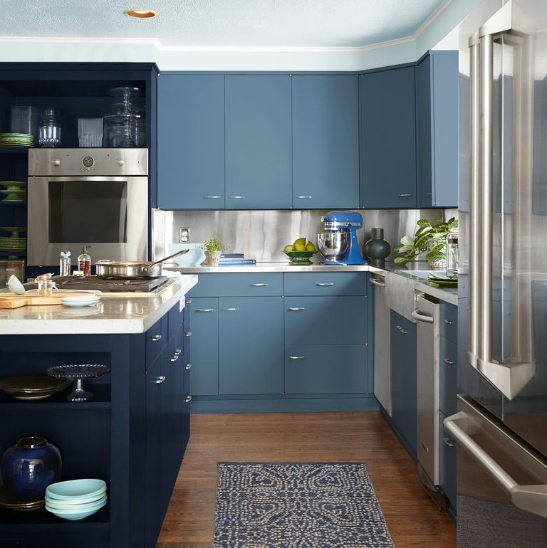 SATIN OR SEMI-GLOSS PAINT? HOW TO CHOOSE THE RIGHT FINISH