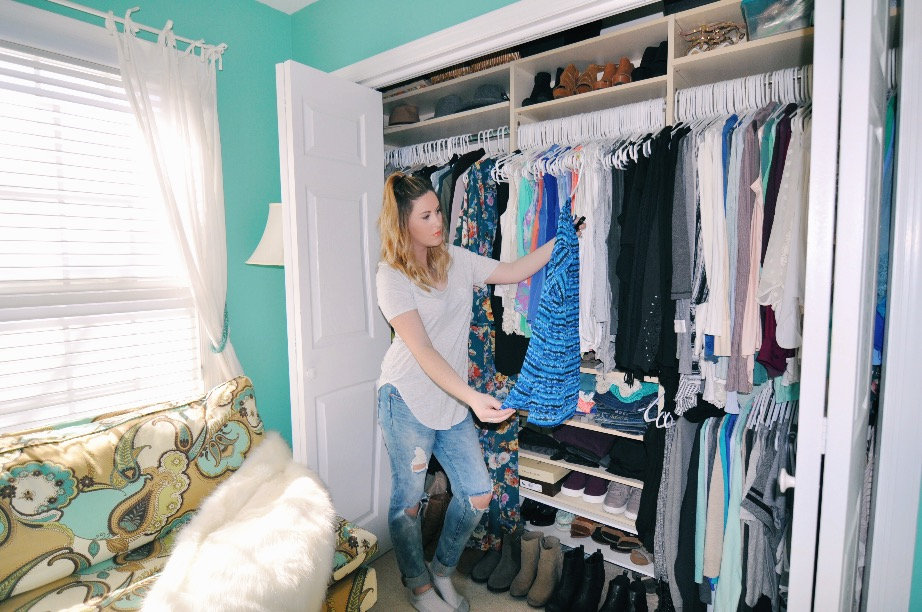 Pineapple & Prosecco - The Ultimate Closet Clean Out Guide