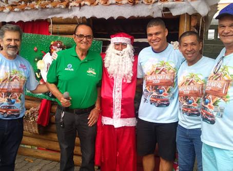 Jacobina: Acija entrega 650 presentes para as crianças na Praça Rio Branco