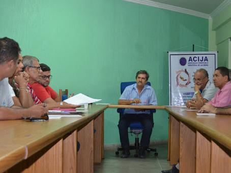 Acija e CDL se reúnem para planejar as campanhas do comércio para maio e junho