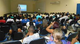 Palestra sobre currículo foi realizada nessa quarta na Acija