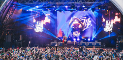 clay_paky_brings_the_party_to_secret_garden_party_s_main_stage