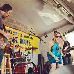 Live at Springing the Blues