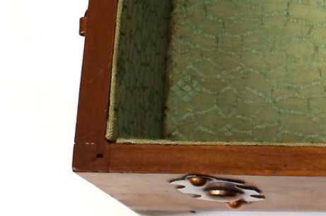 Pilliod box joinery
