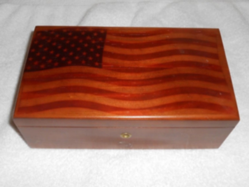 Lane cedar box American flag