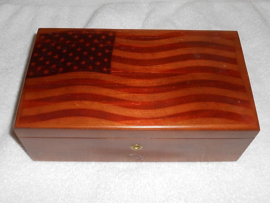 Lane cedar box American flag