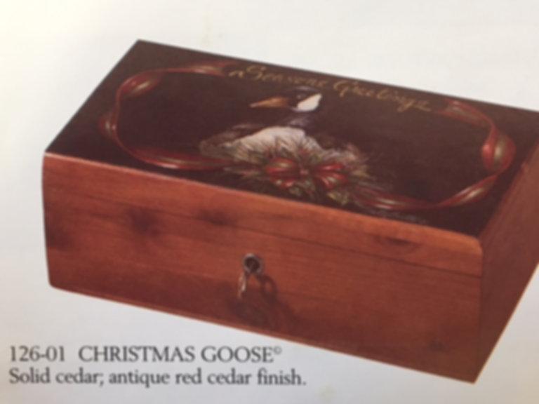 Lane cedar box Christmas Goose