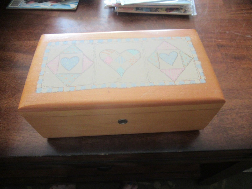 Lane cedar box pastel hearts