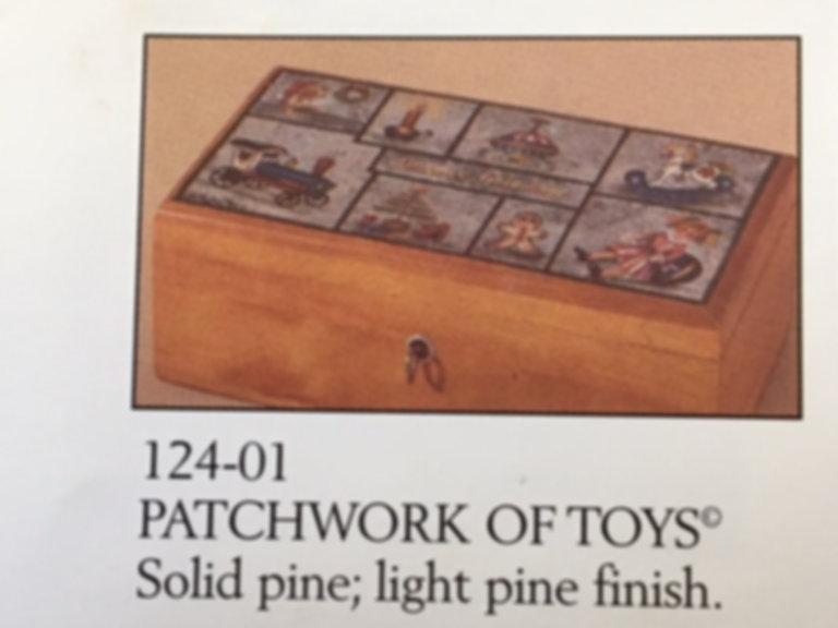 Lane cedar box toy quilt