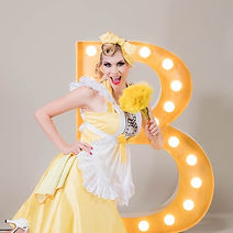 Lilly Libelle Blonde Bombshell Burlesque