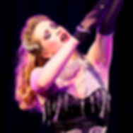 Burlesquetänzerin Dixie Dynamite von Blonde Bombshell Burlesque München