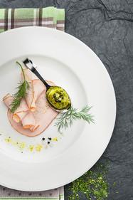 Editorial z kompozycją na talerzu - FoodStyle.com.pl