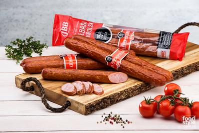 Zdjęcie reklamowe kiełbasy - FoodStyle.com.pl