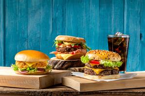 Zdjęcie reklamowe hamburgerów - FoodStyle.com.pl
