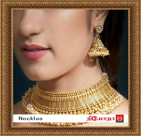 Gallery-35-necklas copy.jpg