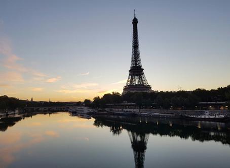 Paris al Amanecer