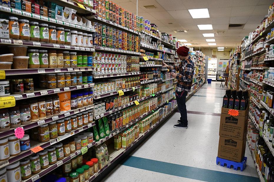 ls of dante facing aisle.JPG