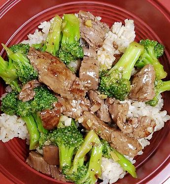 beef%20and%20broccoli%20bowls_edited_edited.jpg