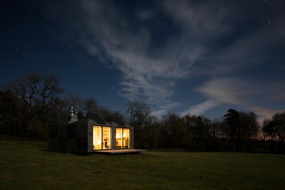 Brockloch Bothy, night exterior