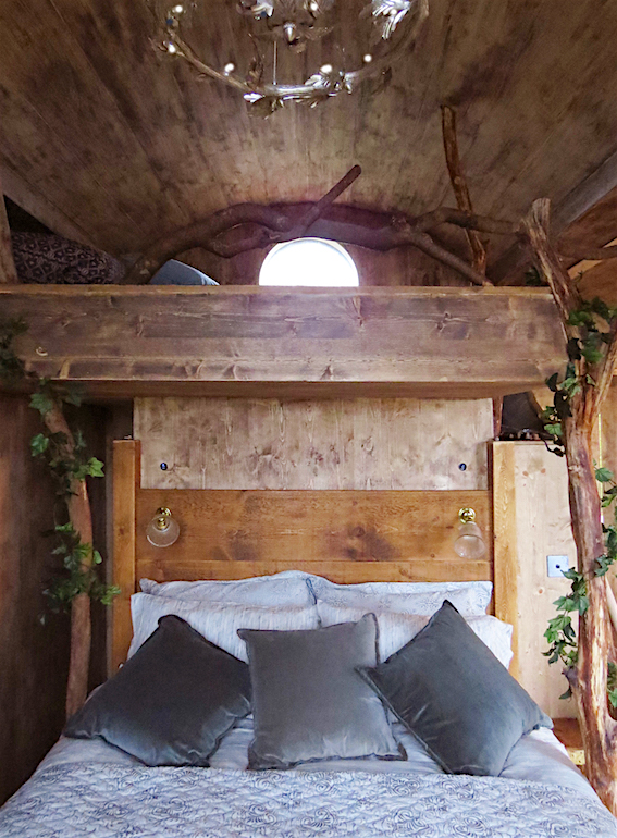 Treehouse bedhead & platform above