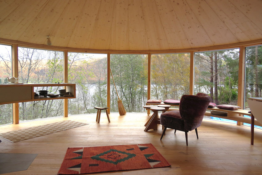 Caberfeidh Yurt interior furnished copy web