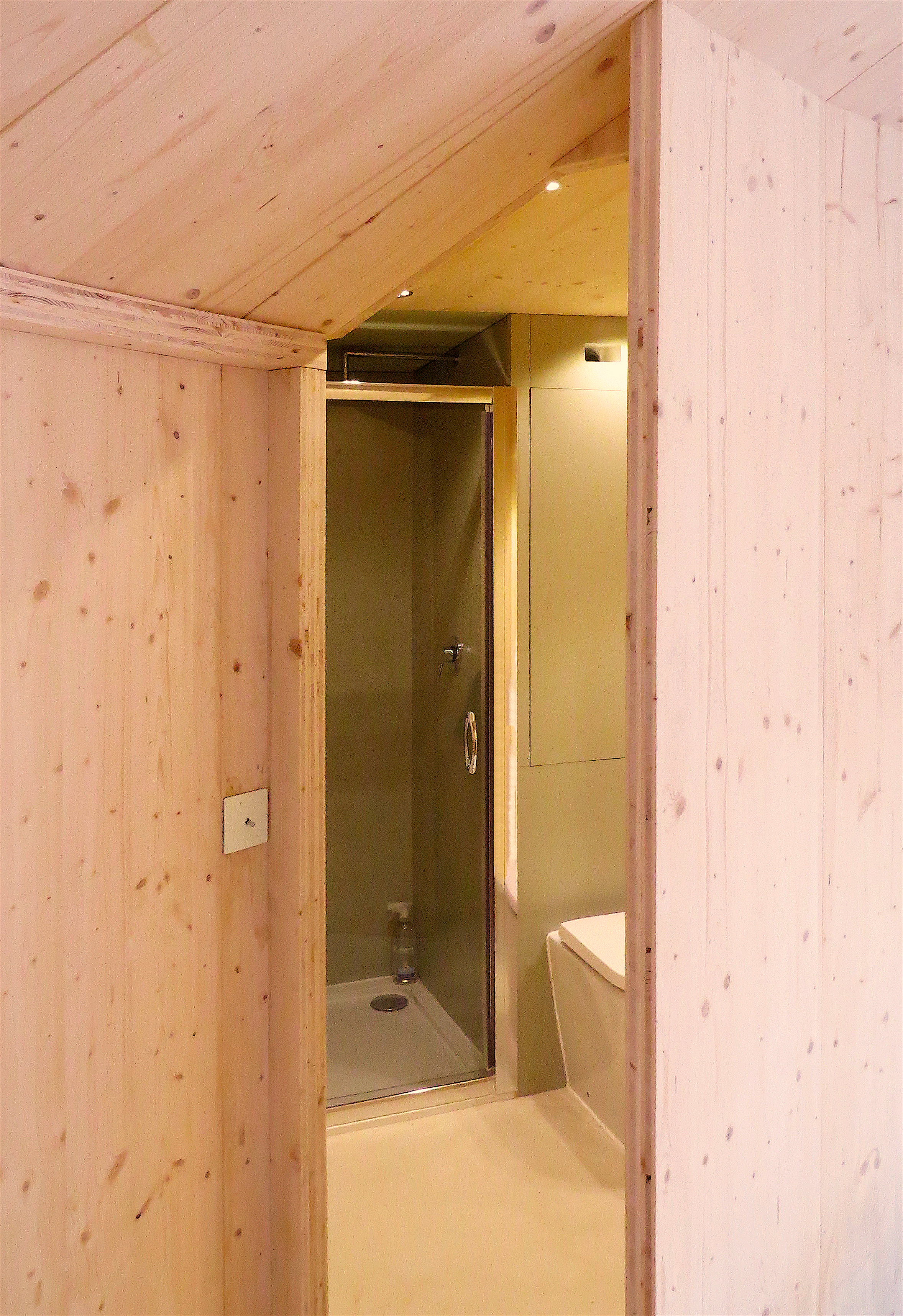 yurt shower room web